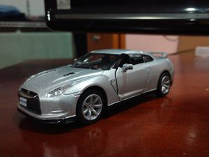 2009 Nissian GT-R R35 Diecast model for Sale in Tinley Park, IL