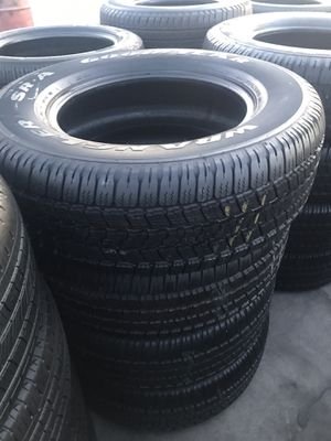Set semi new Goodyear 275/65/18 for Sale in Bellflower, CA