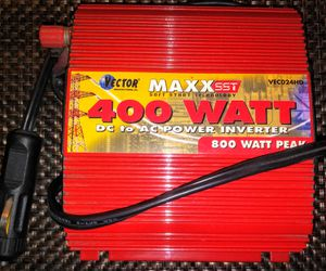 Vector Maxx SST 400 Watt Power Inverter 800 Watt Peak for Sale in Pinellas Park, FL