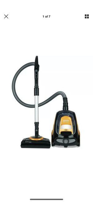 Eureka ReadyForce Total Bagless Canister Vacuum, 3500AE for Sale in East Windsor, NJ