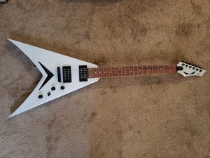Dean Dave Mustaine VMNTX Electric Guitar Metallic Silver for Sale in Boston, MA