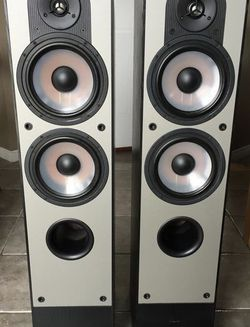 Paradigm high-end Home Theater Speakers (Subwoofer, Center Channel, FR, FL, RR, RL) - Tons of Power for Sale in Santa Monica,  CA