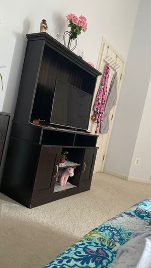 Console stand fir $100 for Sale in Herndon, VA