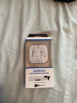 Brand new earbuds for Sale in Maple Valley, WA