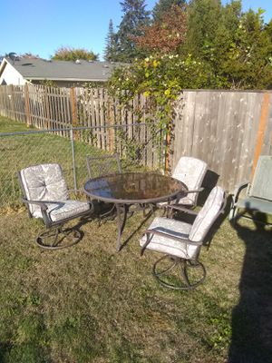 Outdoor chairs and table for Sale in Aloha, OR