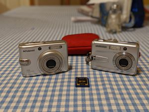 (2 )Digital cameras w/ case and sd card for Sale in Graham, WA