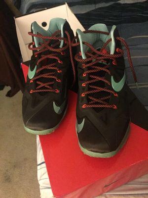 Nike Lebron 11s size 10.5 for Sale in Millstone, NJ