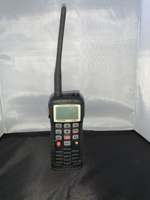 Standard Horizon HX851 6w floating handheld VHF radio for Sale in Palmdale, CA