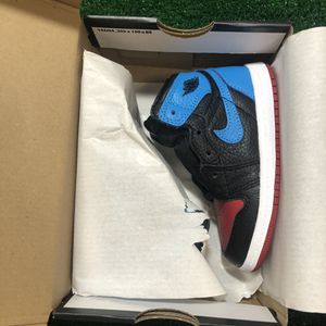 AIR JORDAN 1 RETRO HIGH OG WMNS UNC TO CHICAGO SIZE 8 Toddle for Sale in Albany, NY