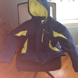 Columbia Boys Size 14-16 Winter Jacket for Sale in Trumbull, CT