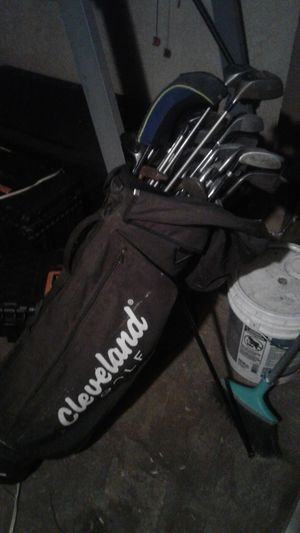 Golf clubs with bag for Sale in Hesperia, CA