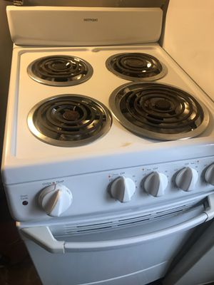 Hotpoint Electric Stove for Sale in Grosse Pointe Park, MI