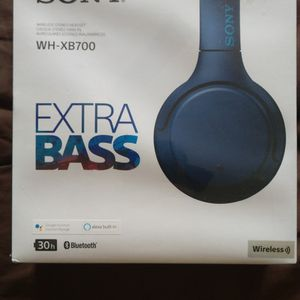 Sony Wh-xb700 Headphones for Sale in Los Angeles, CA