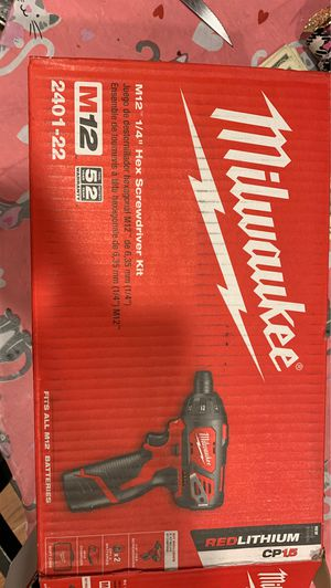 MILWAUKEE M12 1/4 inch HEX SCREWDRIVER KIT for Sale in Boston, MA