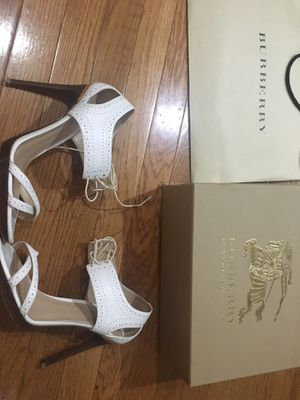 Burberry sandals size 10 for Sale in Edgewater, NJ