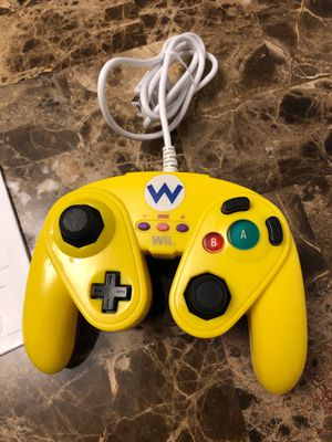 LIMITED EDITION WII U OR WII NINTENDO CONTROLLER for Sale in Providence, RI