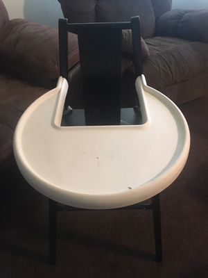 High chair free for Sale in Oroville, CA