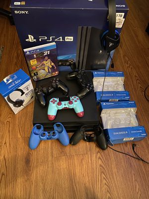 PS4 Pro for Sale in Martin, TN