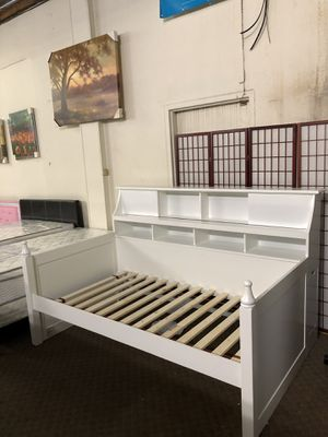 Short Sale! Brand New Beautiful White color Wooden Day Bed with bookcase back $555, No credit Needed finance available for Sale in Sacramento, CA