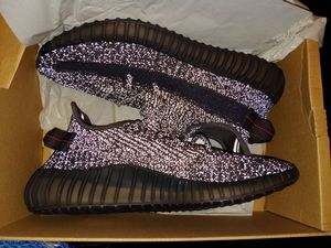 Yeezys Black reflective for Sale in San Diego, CA
