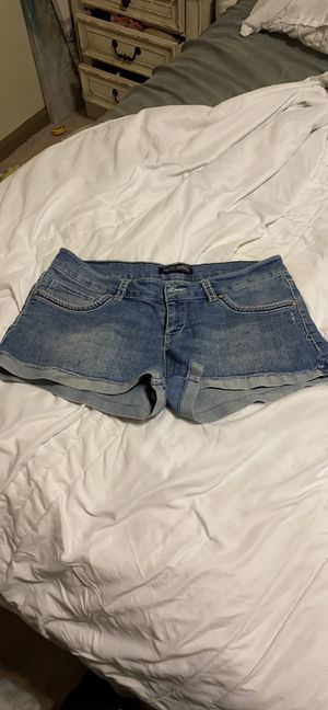 Levis short shorts size 11 for Sale in Houston, TX