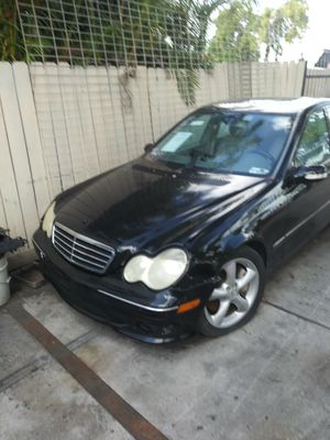 2006 mercedes c230 parting out for Sale in Hollywood, FL