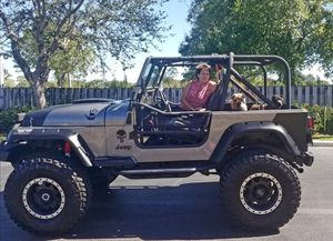 CUSTOM JEEP WRANGLER WITH 350 CHEVY SMALL BLOCK for Sale in Orlando, FL