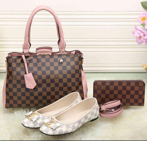 Wallet purse and shoe set