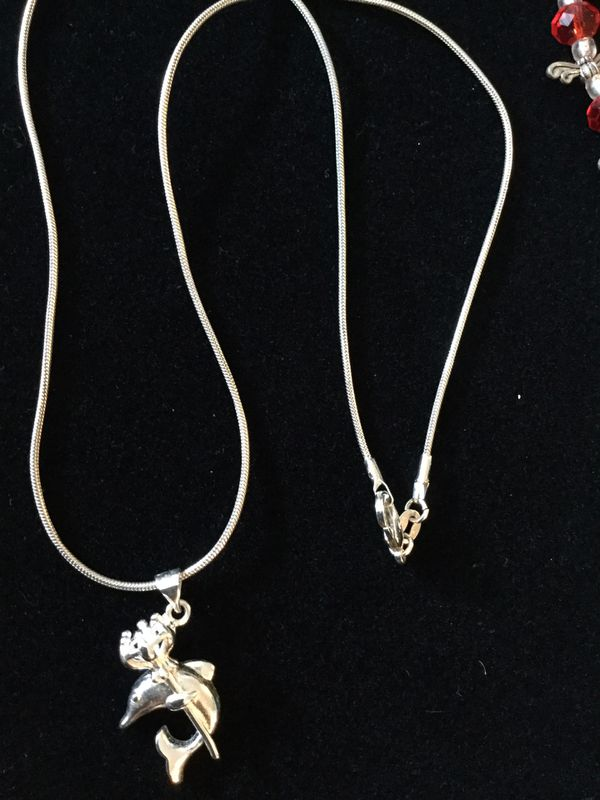 """💦🐬 💦🐬 Sterling Silver Dolphin pendant necklace / New jewelry 18 """" inch long silver chain / Great for Summer fashion ☀️"""