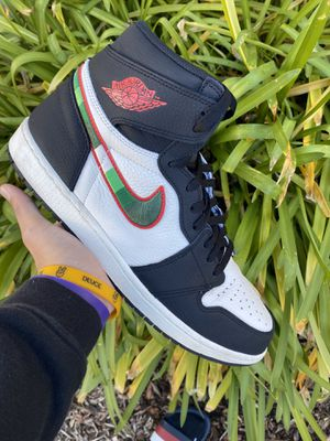 Air Jordan 1 Sports illustrated size 13 for Sale in Roseville, CA