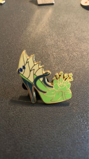 Disney Official Trading Pin Princess Tiana Heels Princess and The Frog for Sale in Davenport, FL