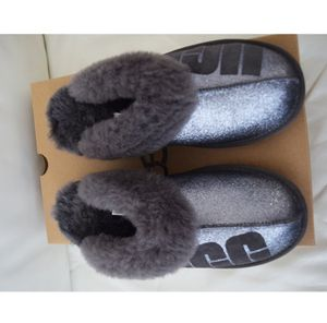 UGG Women's Coquette Sparkle Slippers Size 8 for Sale, used for sale  Saint Petersburg, FL