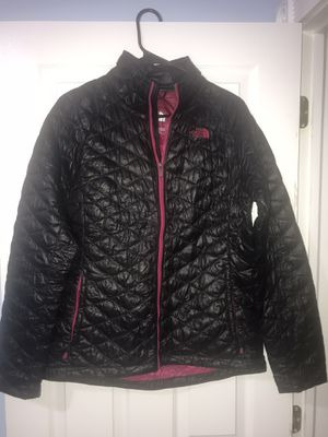 The North Face M/M coat for Sale in Campobello, SC