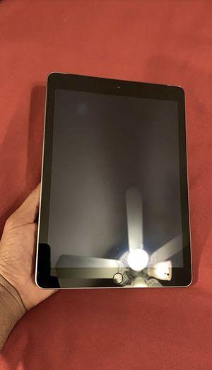 iPad Pro 32Gb 5th gen for Sale in Miami, FL