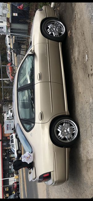 2004 chevy impala ls with 20inch rims for Sale in Adelphi, MD
