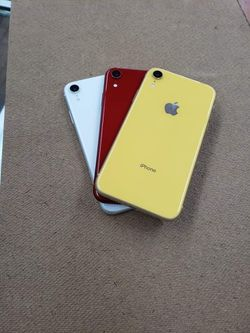 iPhone XR | Unlocked | Like New Condition | Comes With 30 Days Warranty for Sale in Tampa,  FL