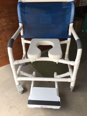 Shower Chairs + Misc.. Health Aides for Sale in Parker, CO