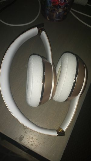 Beats solo 3 for Sale in Missouri City, TX