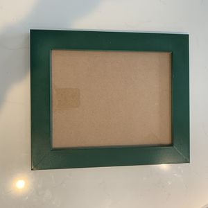 9x7 Green Picture Frame for Sale in Inglewood, CA
