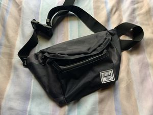 Herschel Waist Bag for Sale in Washington, DC
