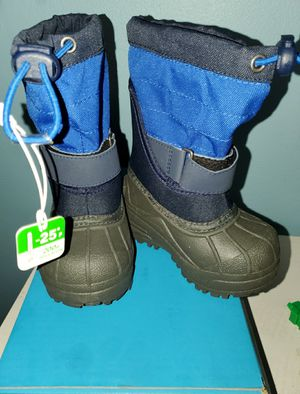 NEW- Columbia Toddler Powderbug Plus II Snow Boots size 6c for Sale in Renton, WA