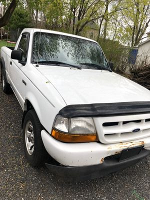Ford ranger very low meleage 109,000 for Sale in Alexandria, LA