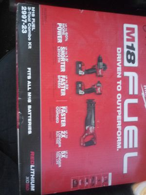 Milwaukee m18 fuel 3 tool combo set for Sale in Phoenix, AZ