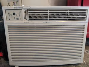 Frigidaire window AC unit for Sale in Tacoma, WA