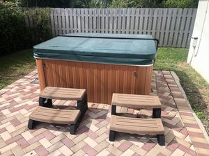 Hot tub for sale for Sale in North Lauderdale, FL