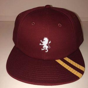 NWT Vans Gryffindor Harry Potter Strapback Hat for Sale in Los Angeles, CA