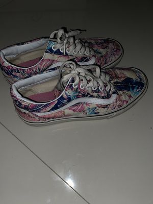 Floral/Beach Theme Vans Size 8 for Sale in Coral Gables, FL