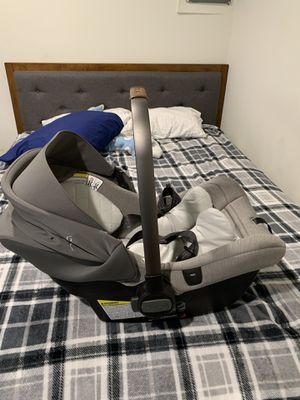 Nuna Infant Car seat for Sale in Fairfax Station, VA