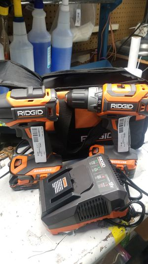 Ridgid impact drill set 2 18v lithium batteries for Sale in Jacksonville, FL