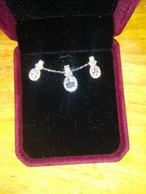 diamond necklace earring box set for Sale in Granite City, IL